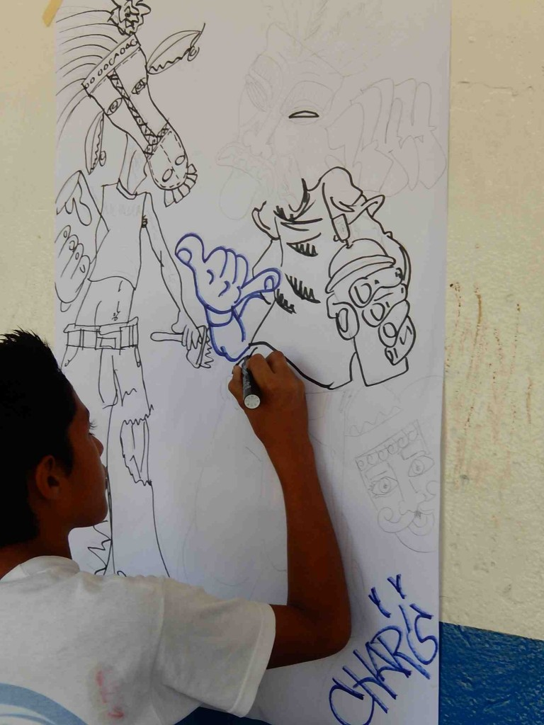 We incorporated these figures from Nicaraguan folktales into the mural.