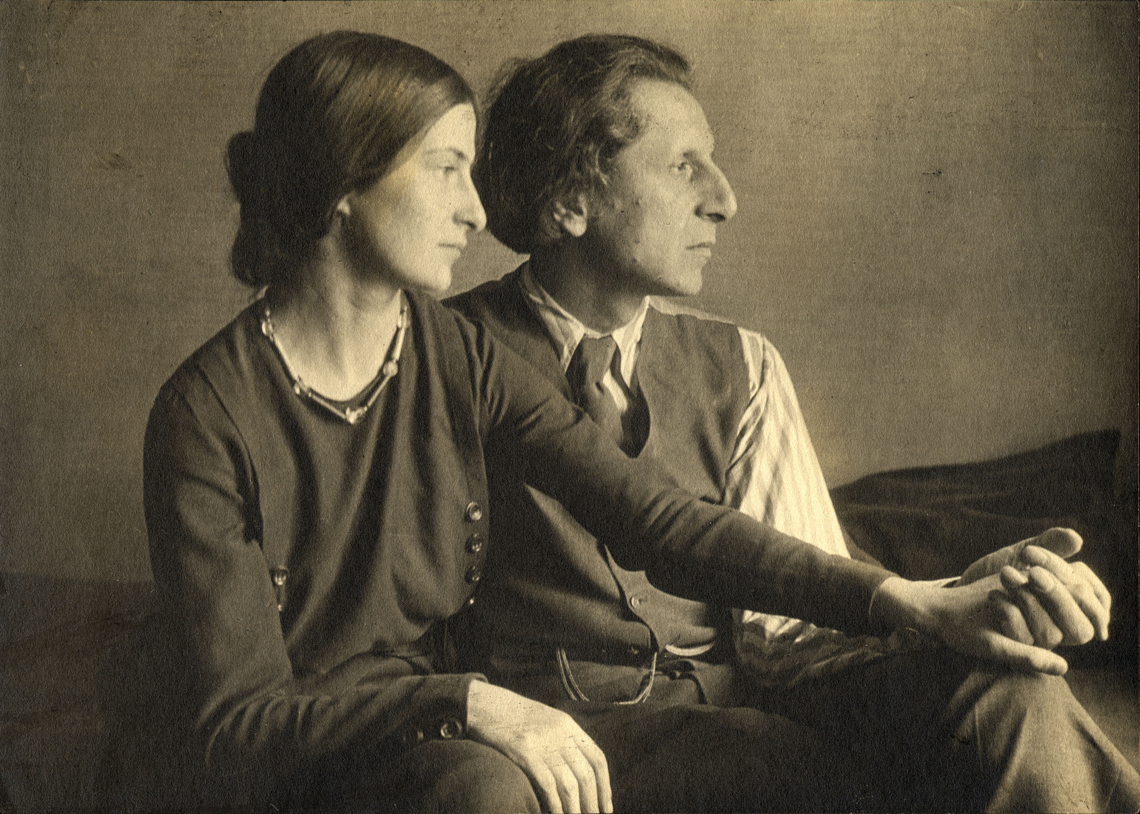Ananda Coomaraswamy with Stella Bloch, c. 1922