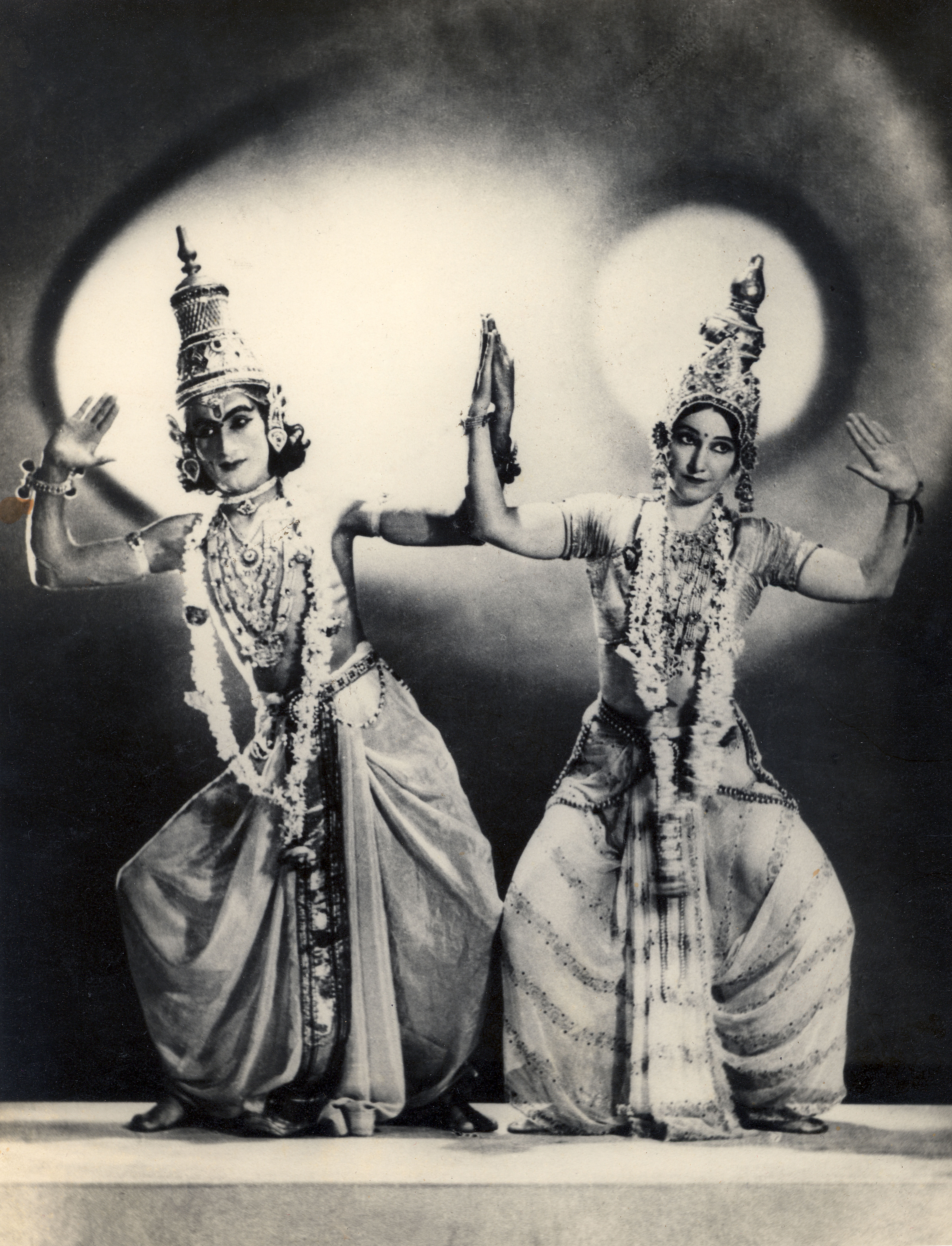 Esther Sherman (right), known as Ragini Devi, and Guru Gopinath performing the Lakshmi Narayan Dance, c. 1933 Bombay, Maharashtra
