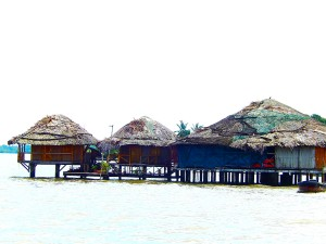 The stilted houses in Laguna de Perlas.
