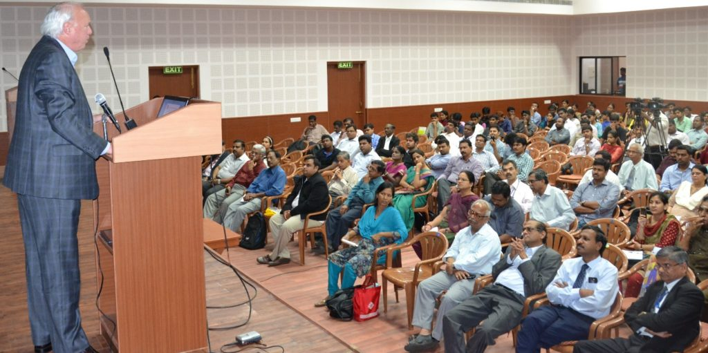 Larry Clinton, President & CEO, Internet Security Alliance, addressing faculty and students at School of Information Technology and Management in Chennai