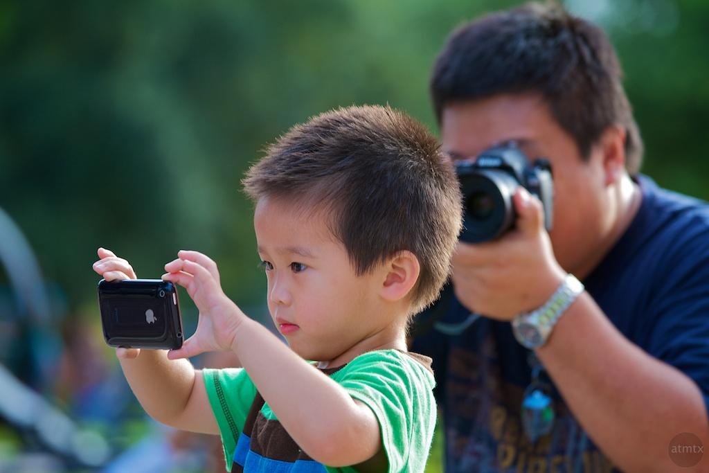 mini iphone photographer