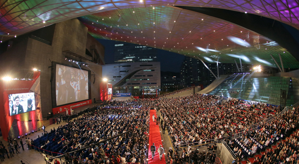 Top actors, producers, and directors from around the world joined Asian film industry leaders in Busan to celebrate the festival's 20th anniversary.